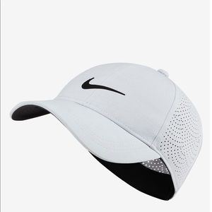 Nike Accessories - Nike Golf Aerobill Women's Hat NWT